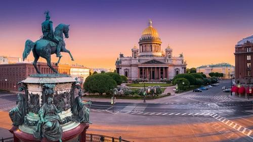 ru03 stretch 500x281 1 Study in Russia